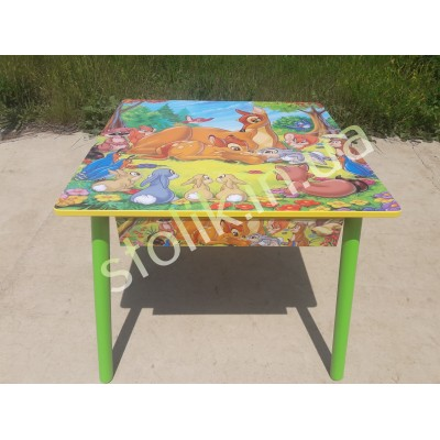 Drawer to the children's table